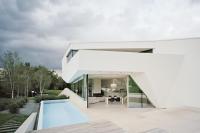 10-Home-swimming-pool